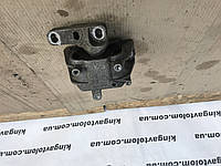 Подушка двигуна Volksvagen Passat B7 1К0 199 262 CN