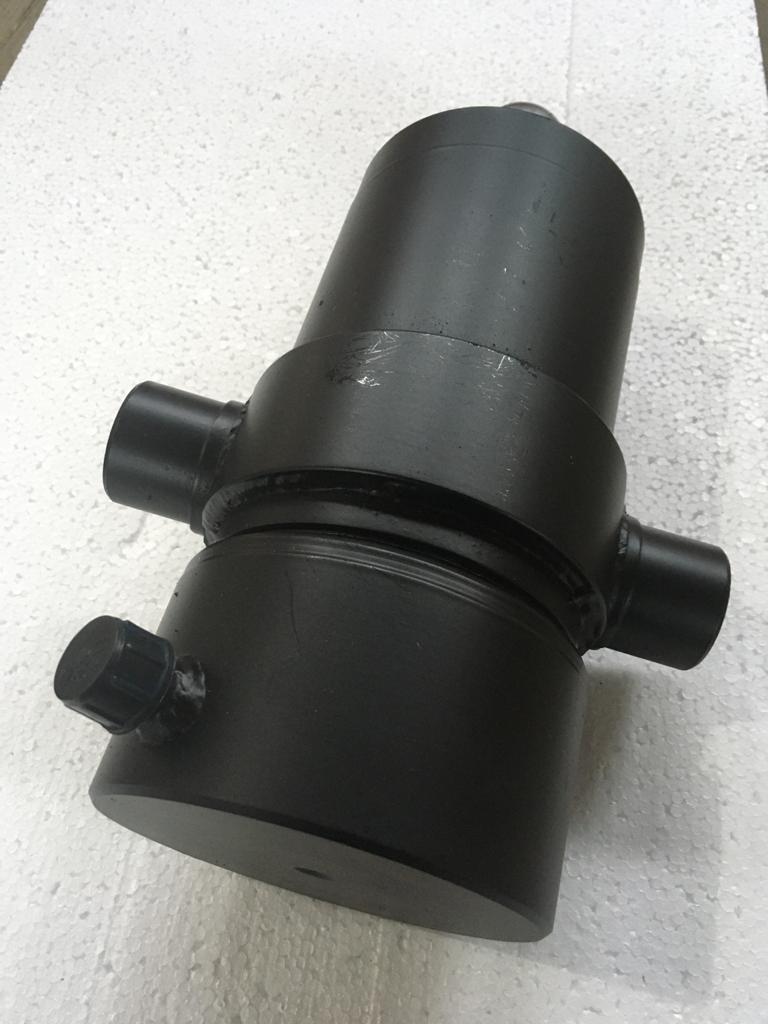 Гидроцилиндр подъема кузова ГАЗ-САЗ 4-х штоковый с бугелями, (ГЦ 3508-80603010)