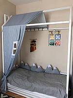 Кроватка Домик из натурального дерева с горизонтальным  бортиком и дополнительным местом, фото 1