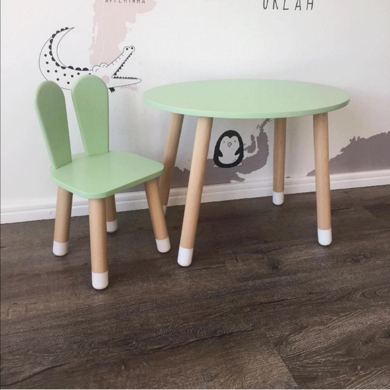 Детский стол и 1 стул (деревянный стульчик зайка и овальный столик)