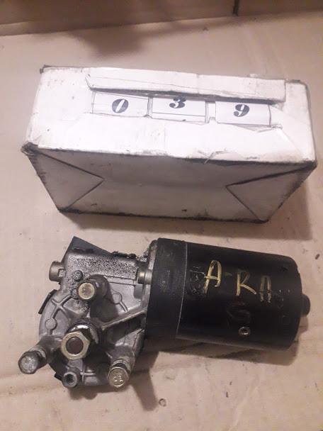№39 Б/у моторчик стеклоочистителя 0390241182 для Opel Astra G 1998-2004