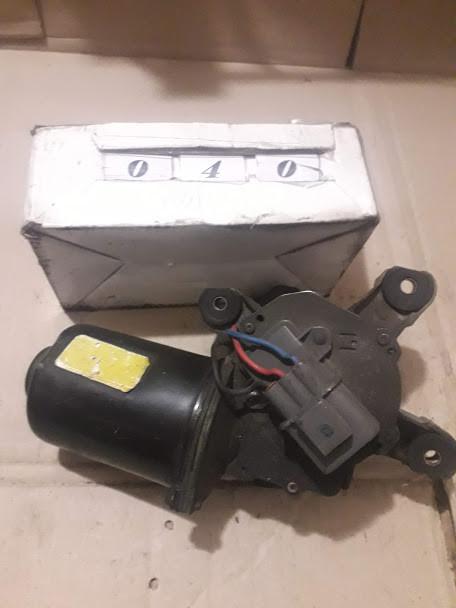 №40 Б/у моторчик склоочисника для Nissan Primera 1996-1999