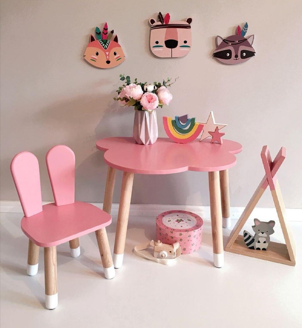 Дитячий стіл, 1 стілець (дерев'яний стільчик зайчик і стіл полуоблако)