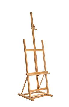 Мольберт студийный напольный с регулируемой полкой Высота 160 см. Высота холста до 132 см. Бук