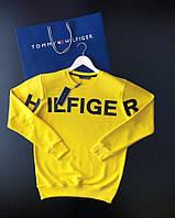 Мужской свитшот Tommy Hilfiger желтого цвета с логотопом на груди (реплика)