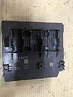 Блок комфорта Volksvagen Passat B7    3АА 937 087 F