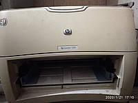 Принтер HP LaserJet 1300, рабочий, с картриджем
