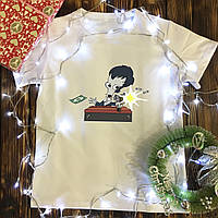 Мужская футболка с принтом - НЛО с деньгами
