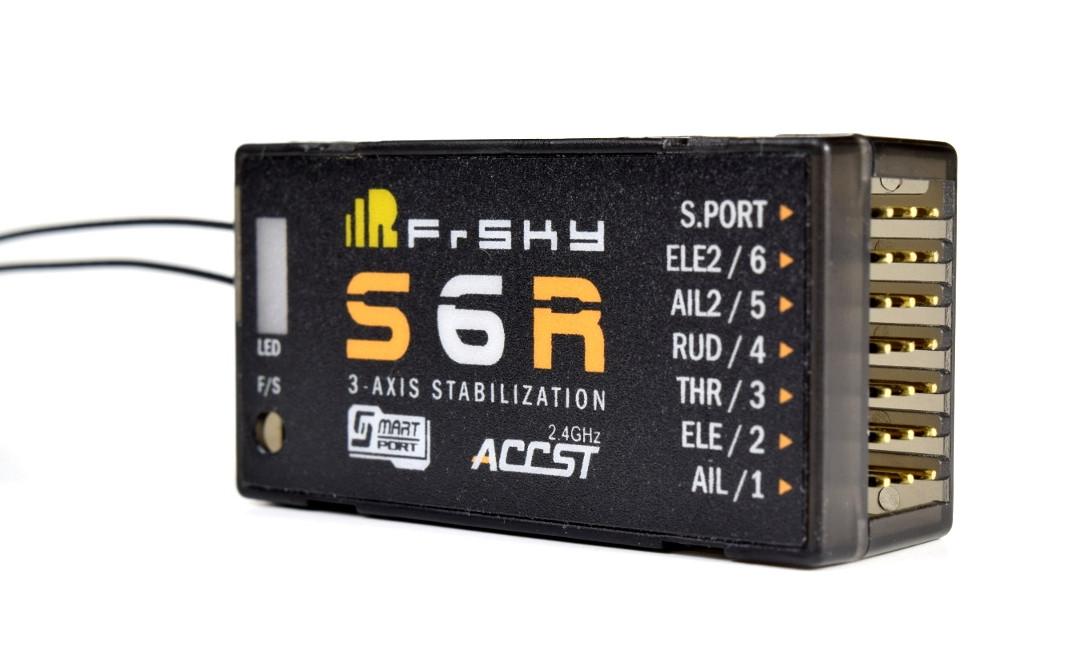 Приёмник 6к FrSky S6R с 3-осевой стабилизацией