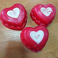 """Свічка декоративна """"Серце"""" вага 80 г 6*6,5*3,5 см"""