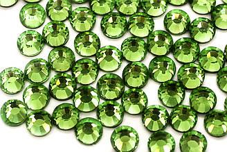 Cтразы DMC, ss16(4mm).Горячая фиксация.Цена за 1440шт, Цвет Fruit green (911)