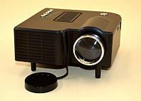 LED проектор UC28