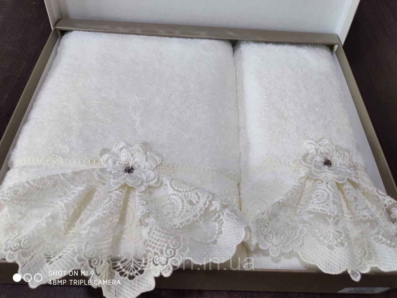 Набор махровых полотенец бамбук 50*90 и 70*140 TM PUPILLA  Турция  Romantik Bambuk 3D