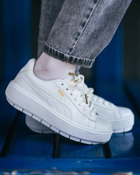 Белые кожаные женские кроссовки Puma Suede White