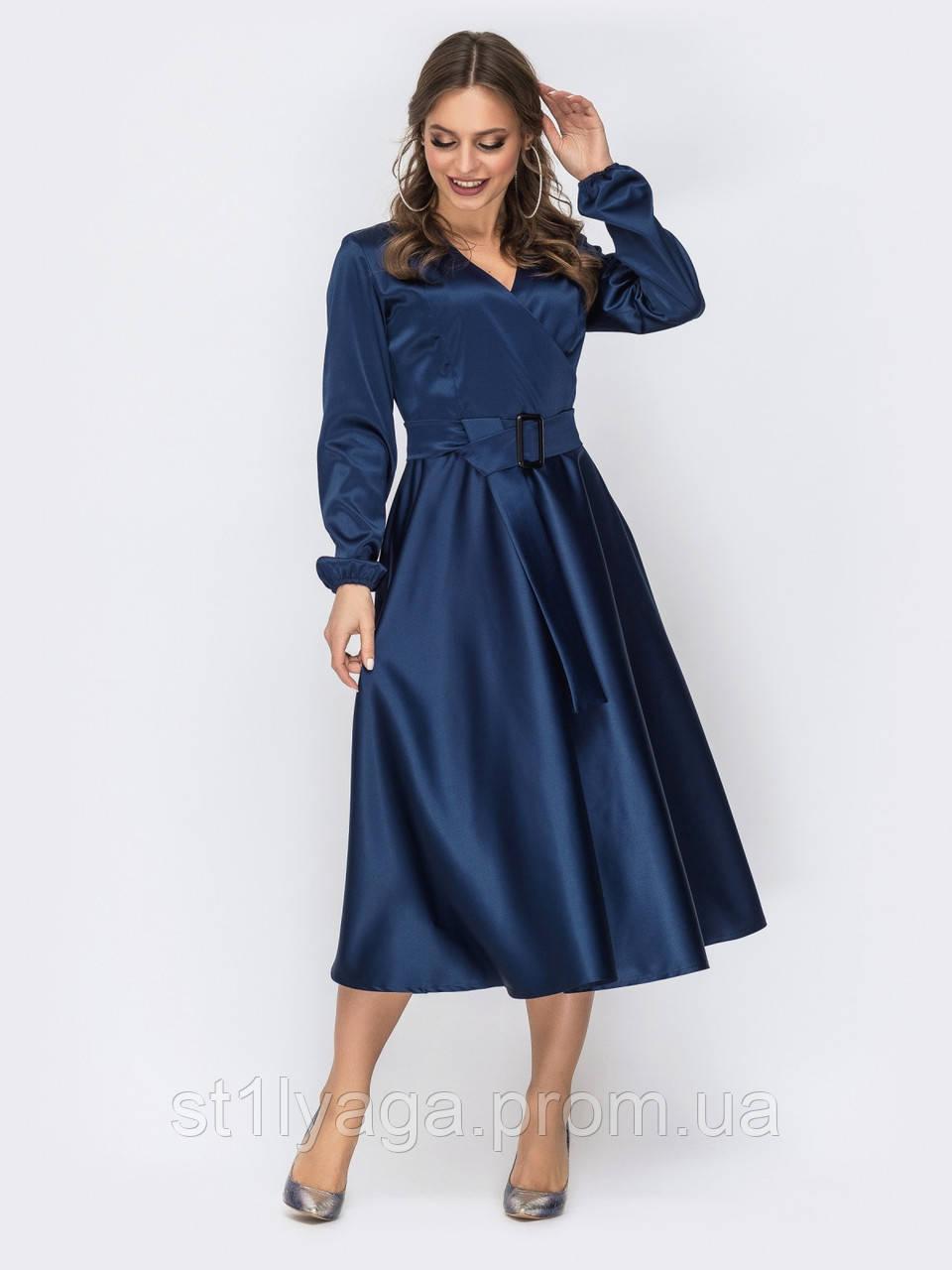 Платье-миди с лифом на запах и расклешенной юбкой