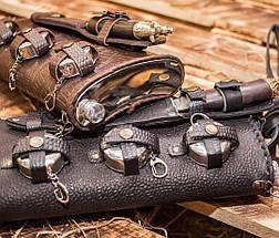 """Подарочный набор для мужчины """"Походный"""" - большая  фляга с ножом ручной работы и раскладными рюмочками, фото 3"""