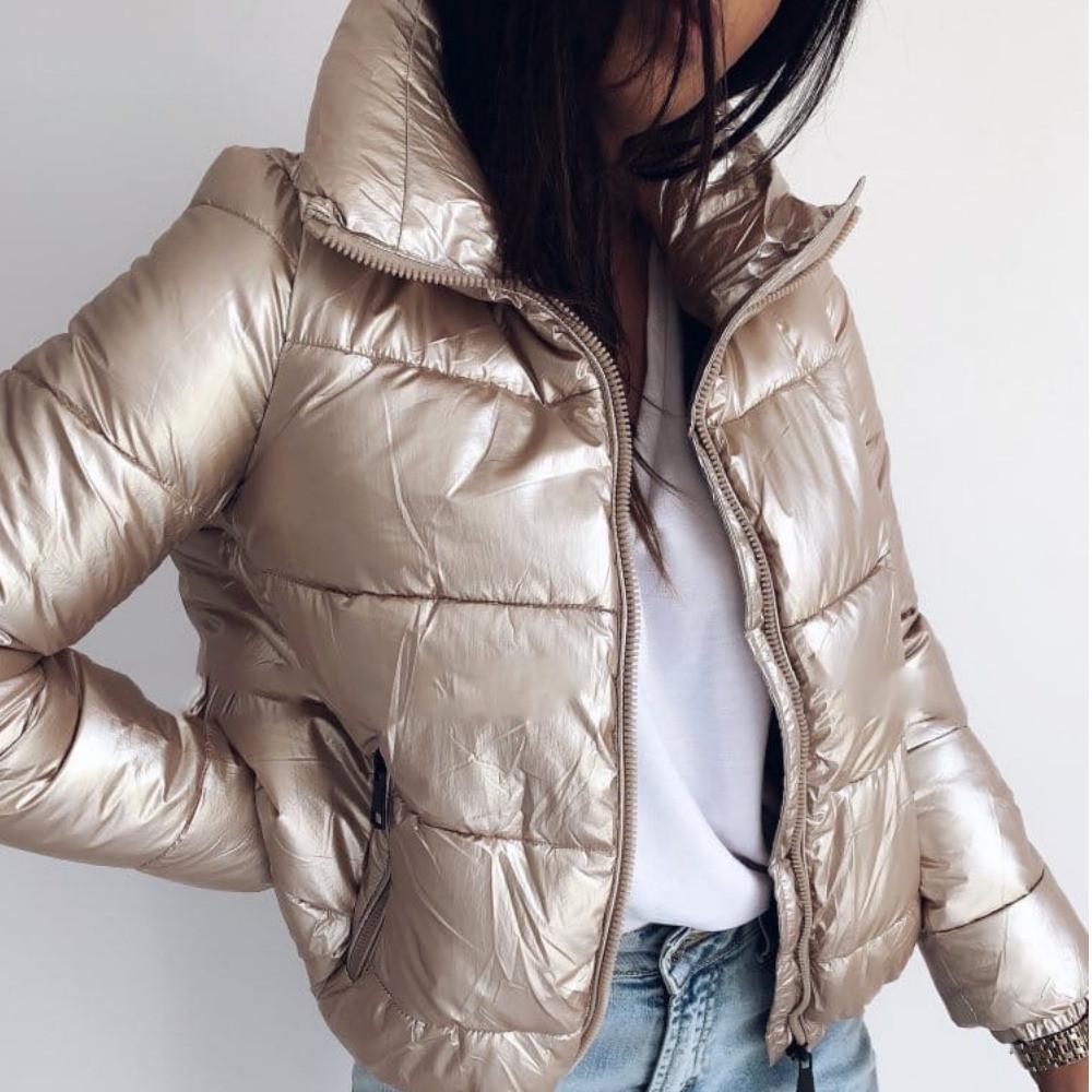 Куртка женская, теплая, короткая, плащевка на силиконе 250, высокий воротник, на молнии, молодежная, стильная