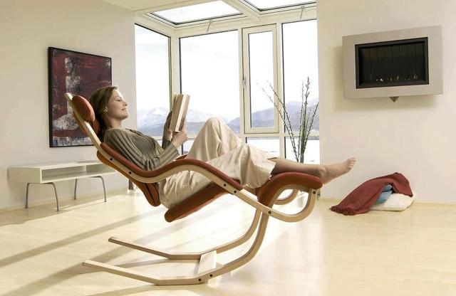 Стильное кресло для офиса или дома
