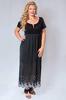 Платье  длинное с украшением черное