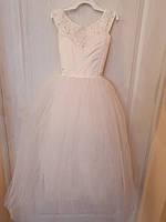 Нарядное  платье для девочек 7-8 лет