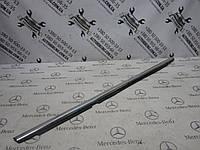Молдинг задней левой двери mercedes-benz w251 r-class (A2516904780), фото 1