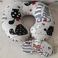 """Дорожня подушка """" Коти """" +маска для сну в подарунок"""