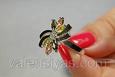 Серебряное кольцо с золотом и цветными фианитами