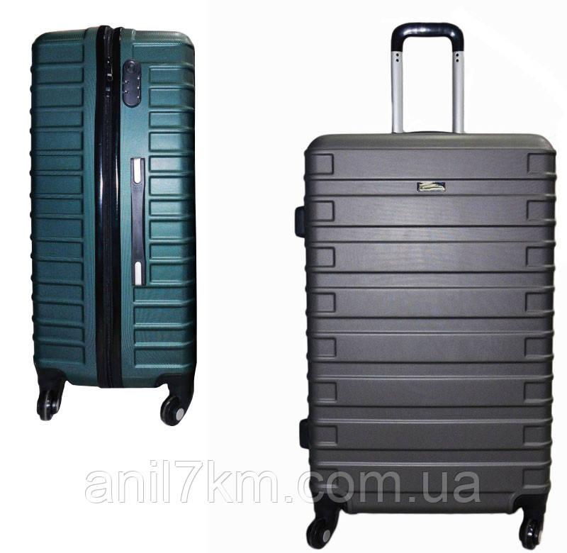 Середній пластиковий чемодан