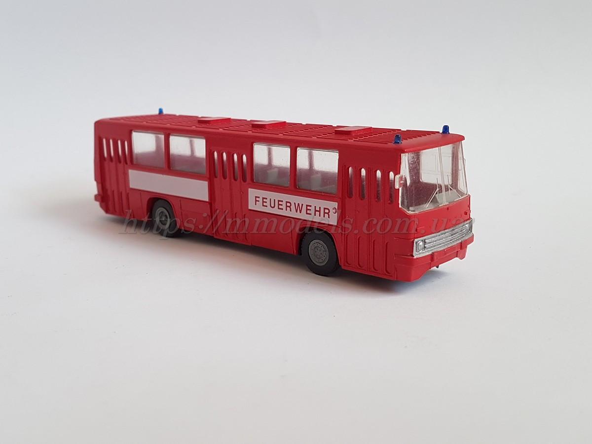 Стендовая модель автобуса IKARUS 260 FEUERWEHR 🚒  масштаба 1:87, H0