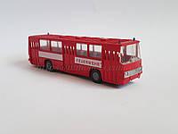 Стендовая модель автобуса IKARUS 260 FEUERWEHR 🚒  масштаба 1:87, H0, фото 1