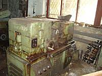 Бесцентрово-шлифовальный станок 3Г182 полуавтомат