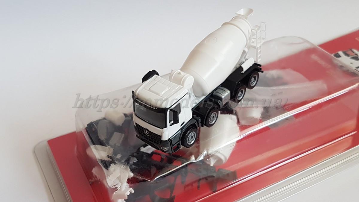 Herpa 013147 Сборная модель (кит) бетономешалки Mercedes-Benz Arocs M, масштаба 1/87,H0