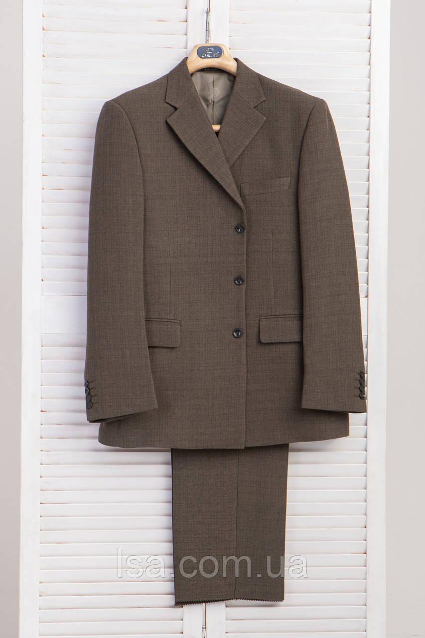 Качественный фабричный мужской костюм 58