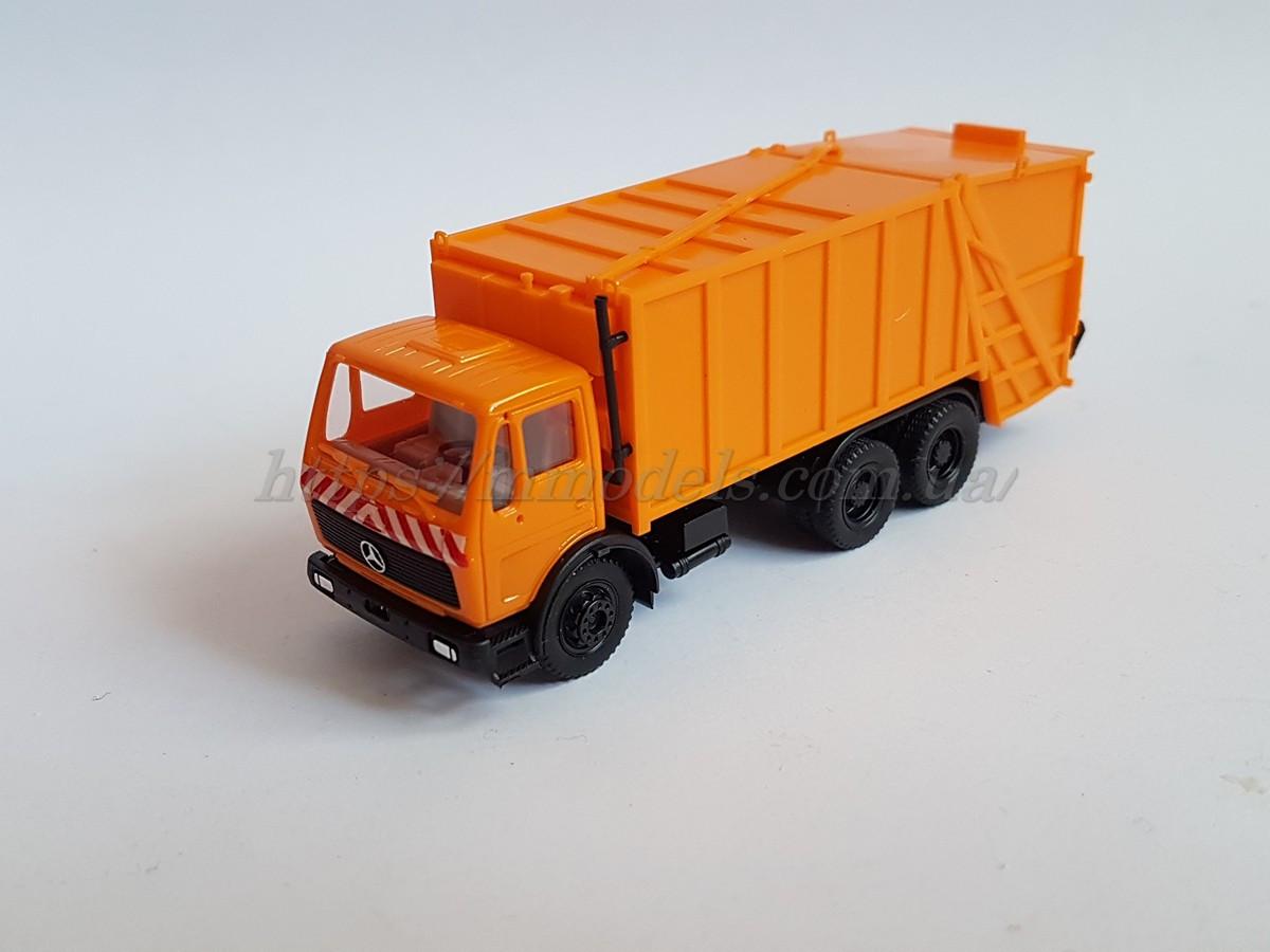Herpa 806047 Маштабная модель мусоросборочного автомобиля Mercedes-Benz, масштаба 1/87,H0