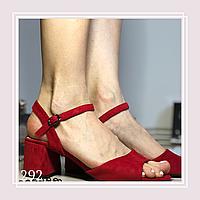 Женские босоножки на низком каблуке, красная экозамша, фото 1
