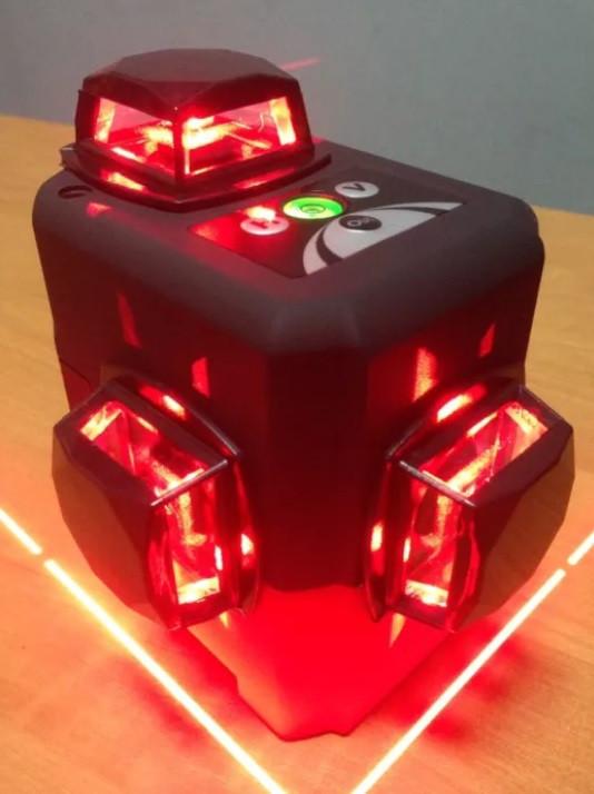 Лазерний 3D рівень Deko HV-LL12 (лазерний рівень), 2 li-ion батареї+ВІДКАЛІБРОВАНИЙ ІДЕАЛЬНО