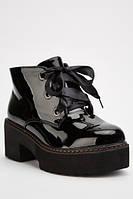 Лакированные черные женские стильные ботинки