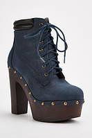 Стильные осенние замшевые женские ботинки на каблуке