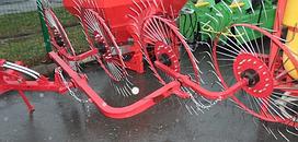 Грабли-ворошилки Wirax на круглой усиленной трубе (Польша, 4 секции,спица оцинкованная 4 мм)