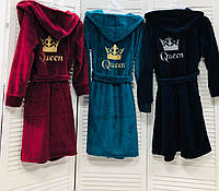 Женский махровый халат с вышивкой Queen  и короной