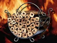 Брикет топливный из дерева(дуб 100%) Pini Kay. Купить в Одессе брикет pini kay оптом