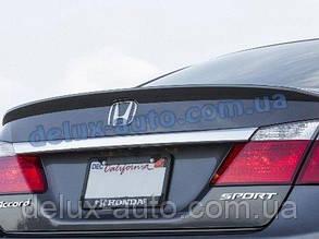 Задний спойлер-сабля на багажник Honda Accord 2013+