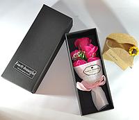 Подарочный букет розово-красных роз ручной работы из мыла