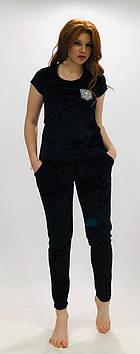 Черный велюровый костюм футболка и штаны