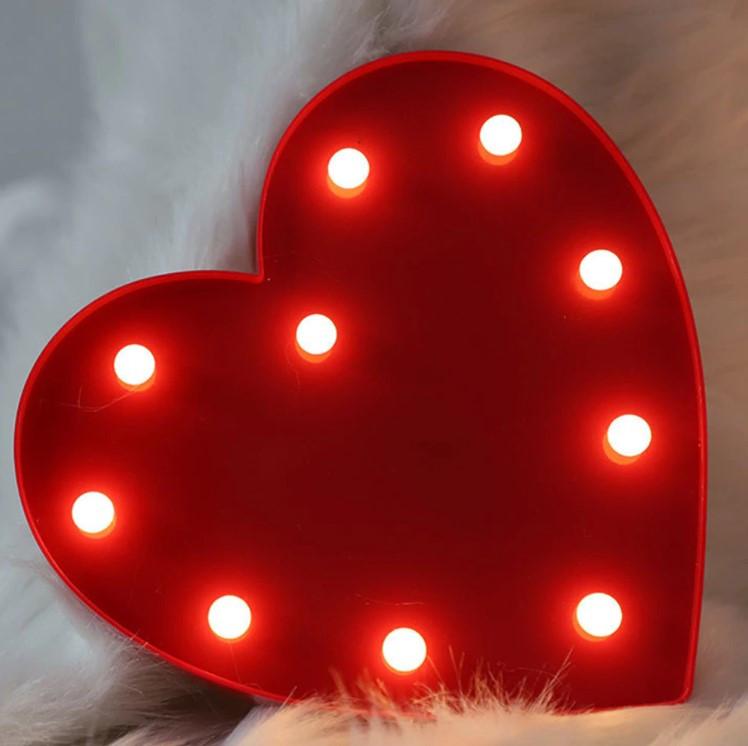 Декоративный ночник на батарейках LOVE IS...