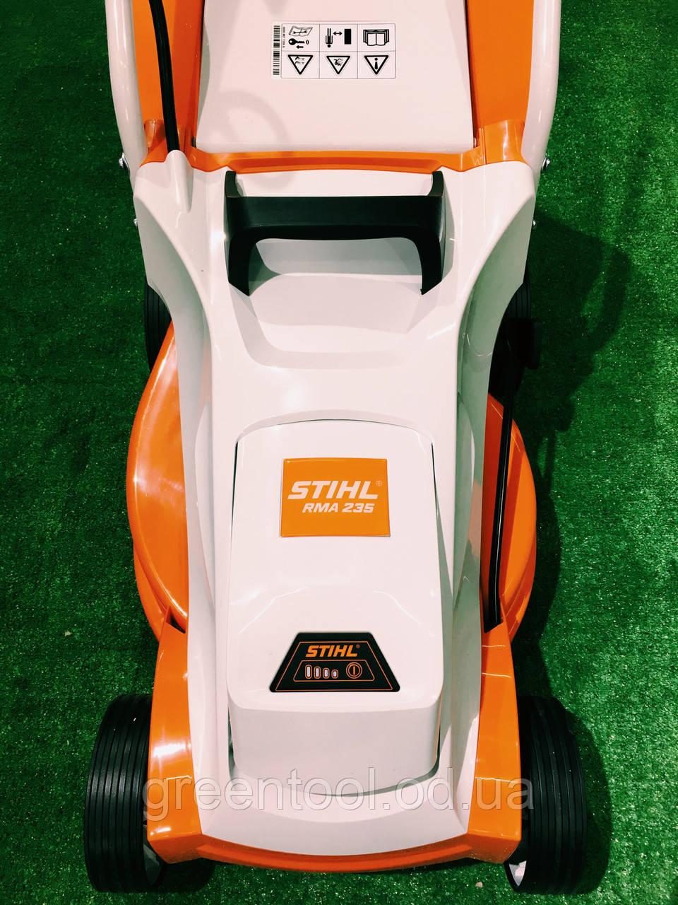 Аккумуляторная газонокосилка STIHL RMA 235 SET (комплект)