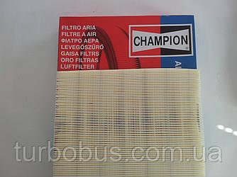 Фильтр воздушный Trafic/Vivaro 2.0-2.5 dCi CHAMPION u770