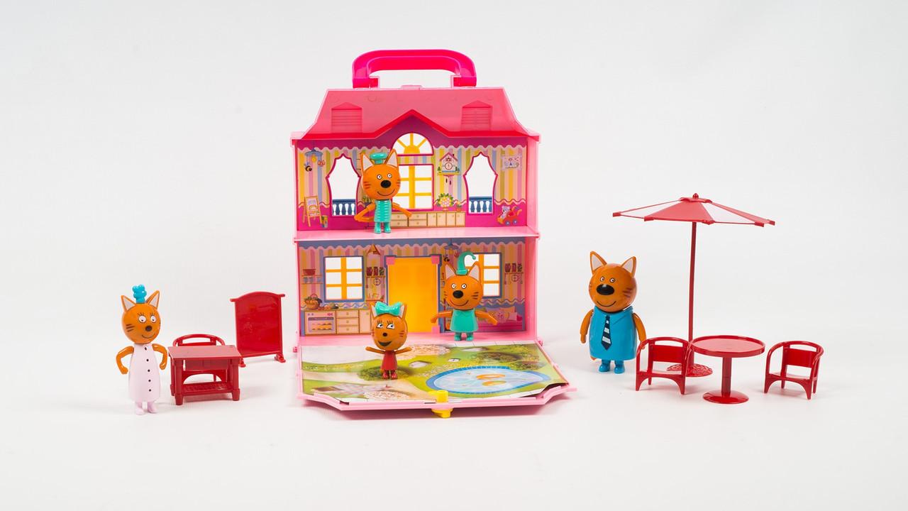 """Дом-чемодан """"Три кота"""" с ручкой. Игровой набор с героями мульсериала и аксессуарами scs"""