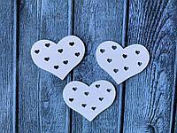 "Деревянный декор ""Сердечки в сердце "", 5 х 4 см, 25 шт/уп., белого цвета"