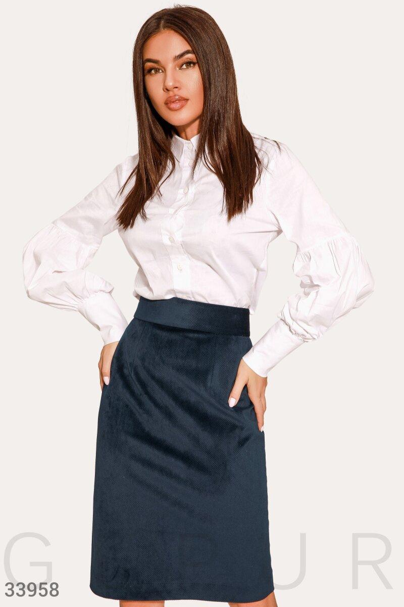 Женская юбка-трапеция с широким поясом из вельветовой ткани